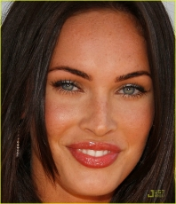 megan-fox-mtv-movie-awards-2008-03.jpg