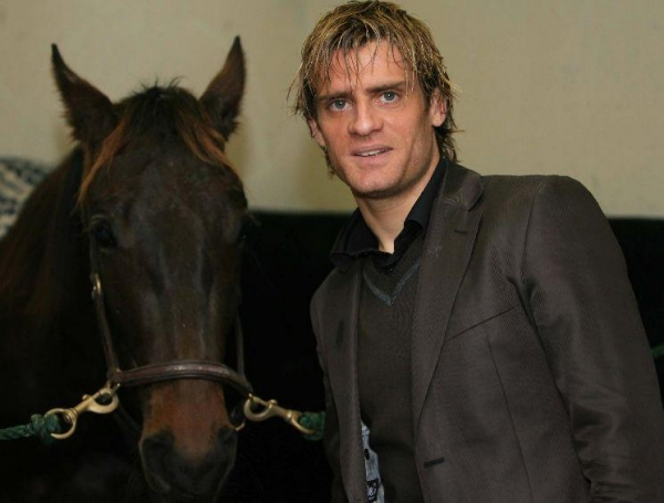 jerome-rothen-et-son-cheval_diaporama.jpg