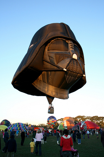dark vador a toute les sauces lol Vader-hot-air-balloon